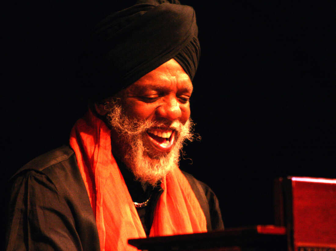 Dr Lonnie Smith Famous Hammond B3 Organ Maestro Cause Of Death Passed Away At Age Of 79